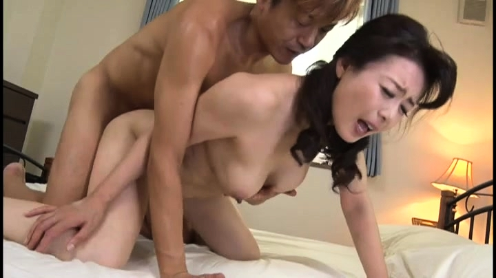 Asia mom porno