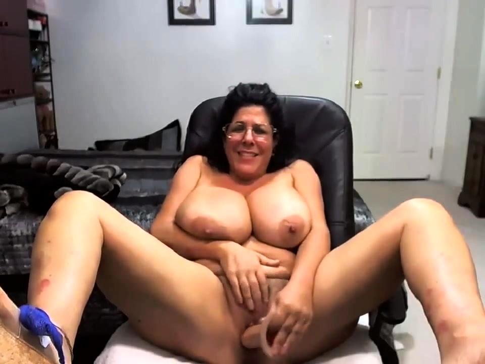 Amateur Wife Dildo Ride Orgasm
