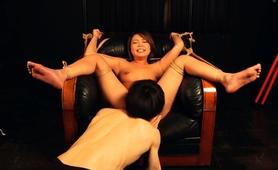 kinky-asian-babe-enjoys-the-infinite-pleasures-of-bondage