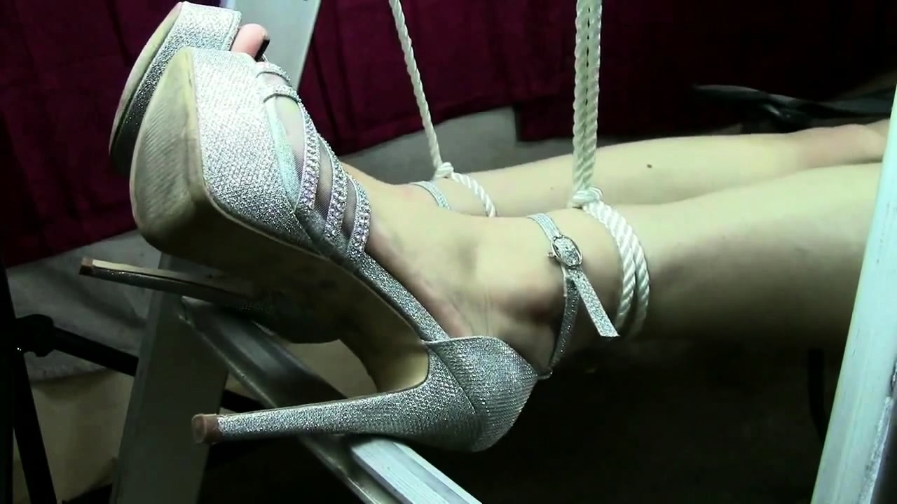 Pantyhose High Heels Cum