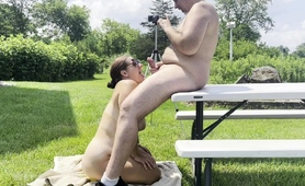 chubby-brunette-wife-reveals-her-blowjob-abilities-outside